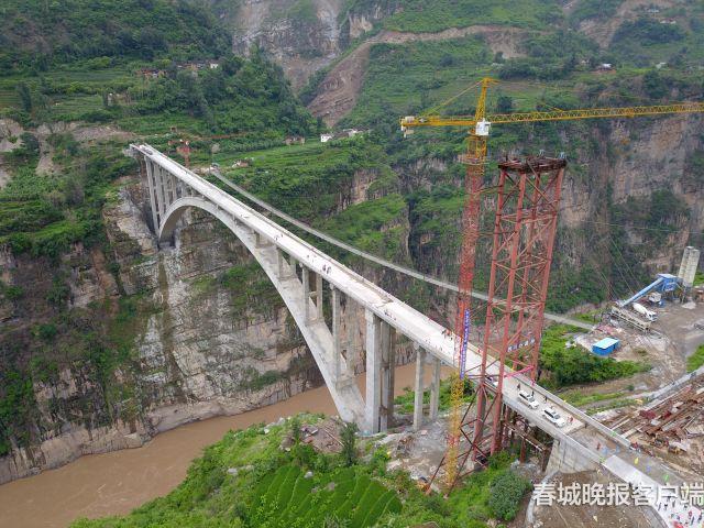 鹦哥大桥建成通车了 (2)