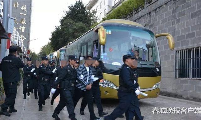 怒江涉黑案 熊波 实习生 谢彦冬 通讯员 李筱斛 罗丽 摄